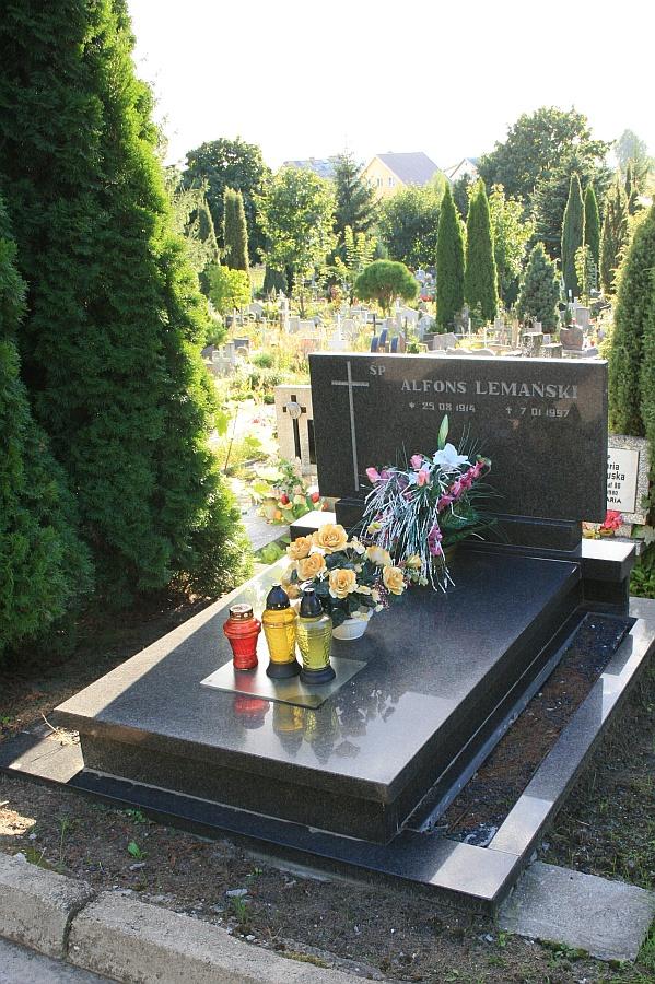 Obs142ugiwane przez nas cmentarze - plany cmentarzy